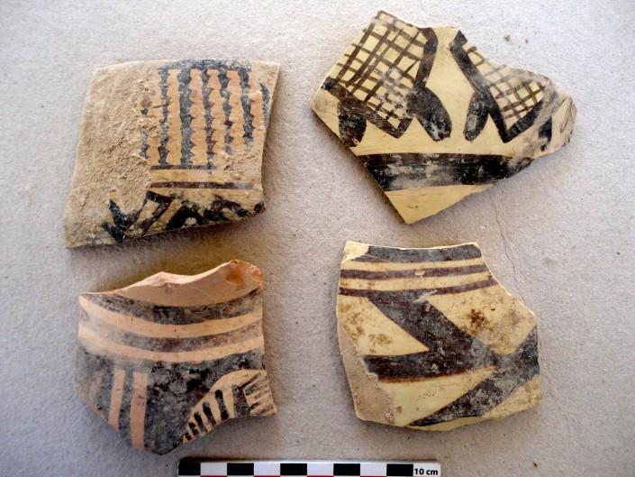Tessons de type Bakun trouvés à la surface de Tol-e Siyah