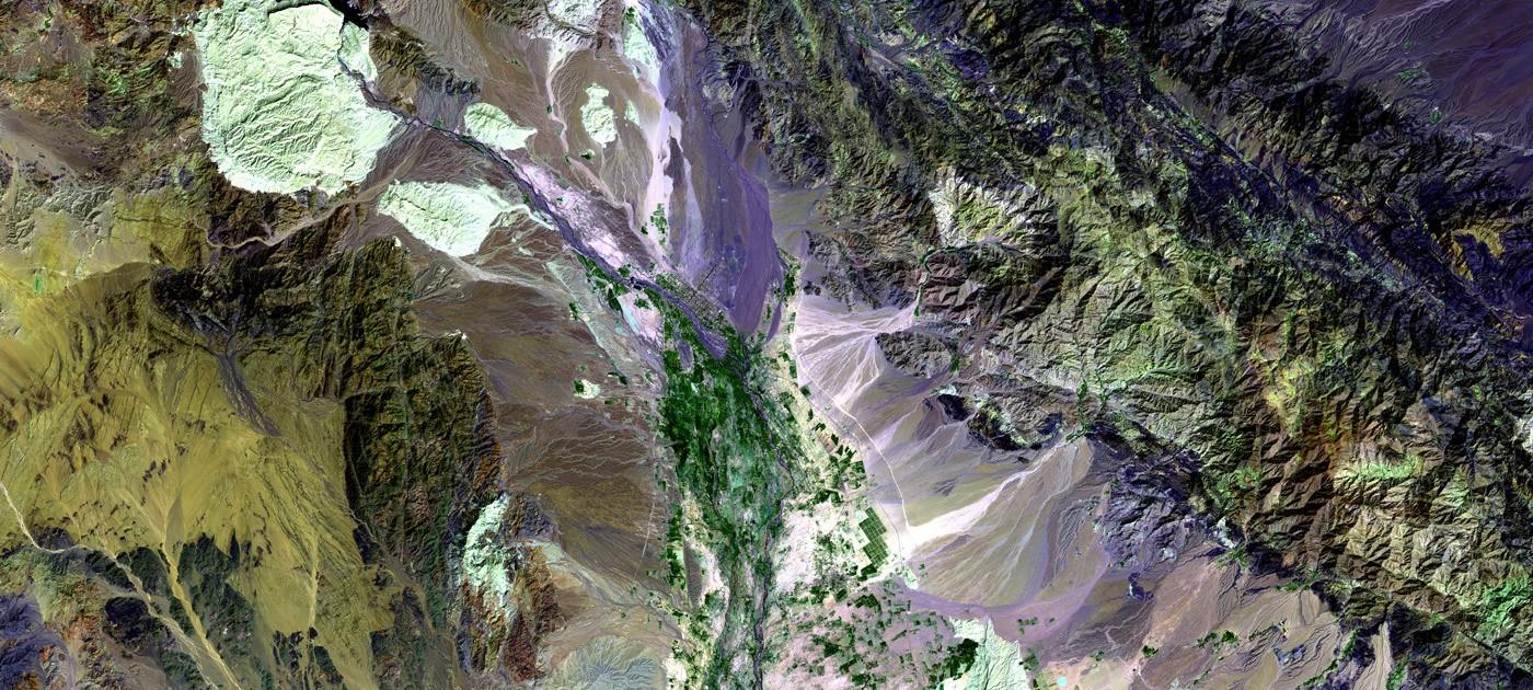 Vue de la vallée de Jiroft