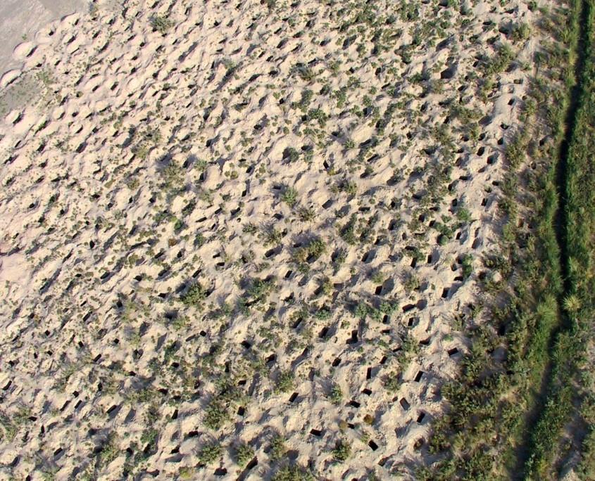 Vue aérienne de Mahtoutabad, site pillé